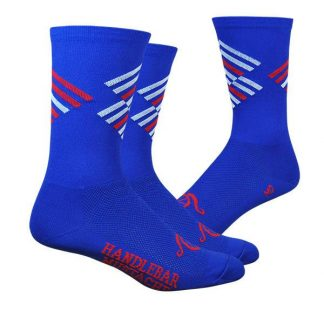 Offset_Blue_feet_800x